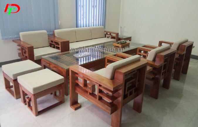 Bộ bàn ghế gỗ phòng khách hiện đại BG13