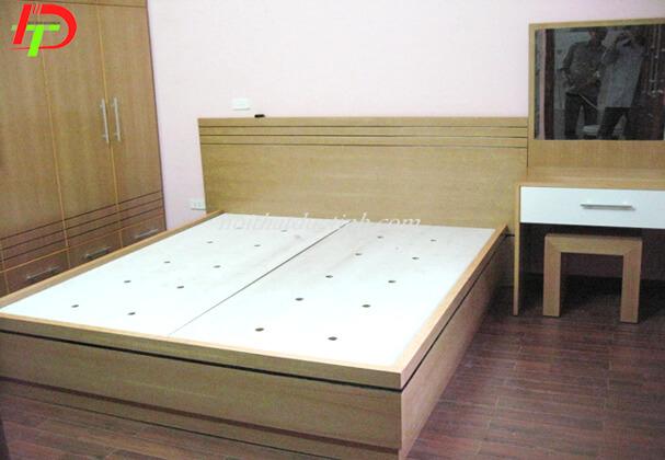 Mẫu giường ngủ làm từ gỗ công nghiệp GN63