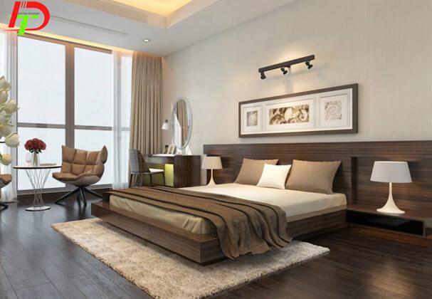 Giường được làm từ gỗ xoan đào