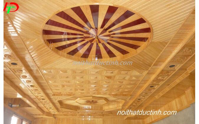 Trần gỗ tự nhiên TGTN02