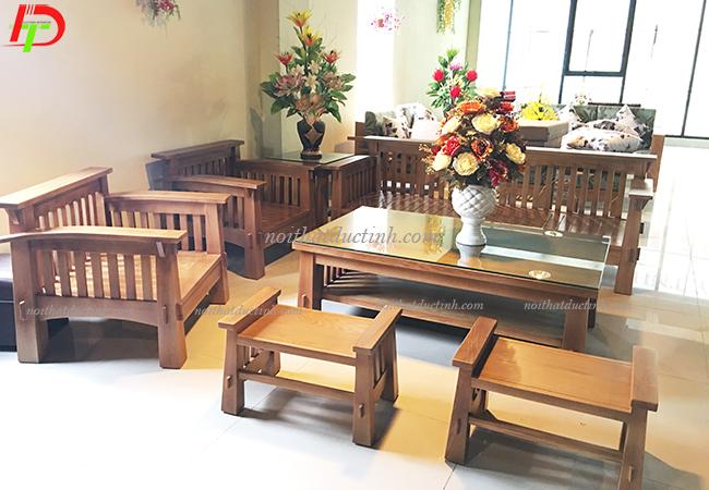 bàn ghế gỗ phòng khách sang trọng