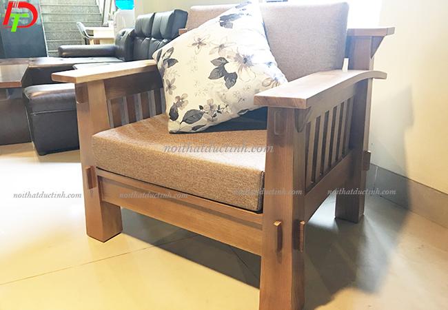 ghế gỗ cho phòng khách tiện nghi