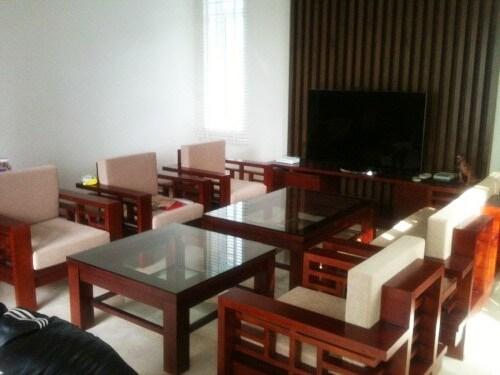 mẫu bàn ghế gỗ phòng khách đẹp hiện đại bg04