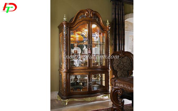 tủ rượu gỗ phong cách cổ điển
