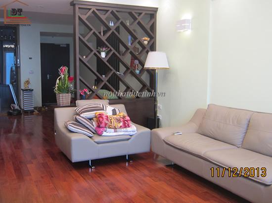 vách ngăn phòng khách bằng gỗ bền đẹp